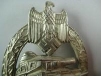 танковый знак в серебре